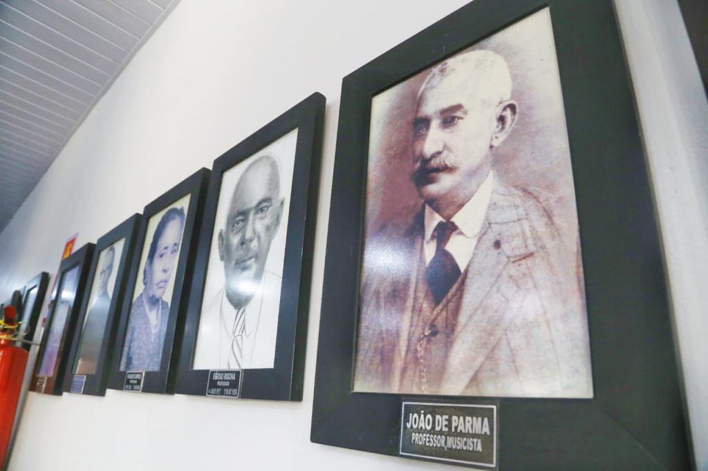 Sede da Academia Vianense de Letras é inaugurada